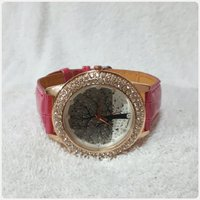 Cutie fabulous watch for lady New