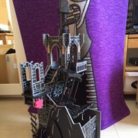 Wooden Castle. Used. Good Condition. Some Missing Pieces. Please Check Out My Profile For More Items.