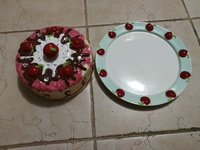 Cake dish with cake cover