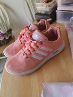 Used Adidas sneakers size 38 used as new in Dubai, UAE
