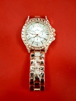 Ladies Fashion Watch with free headband