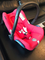 Used Maxicosi car baby seat in Dubai, UAE