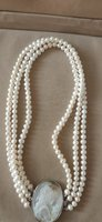 Used High quality Fresh water pearl necklace in Dubai, UAE