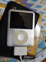 Used Apple iPod nano 4gb silver in Dubai, UAE
