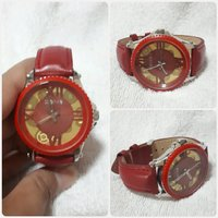 Used Brand new red WEIYA watch for lady.. in Dubai, UAE