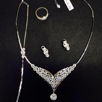 Silver 925 Italian Ladies Necklace Complete Full Set Breclet Necklace Earing And Finger Ring Micro Setting Stone American Diamond Zircon.Hurry!!!!!!!!!!