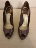 Used Christian Dior size 40 like new in Dubai, UAE