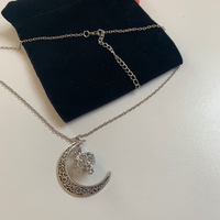 Fashion necklace with crescent NEW