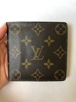 Used LV gent wallet with coins pocket in Dubai, UAE