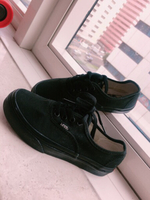 Used original vans shoe for kid in Dubai, UAE