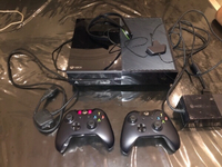 Used Xbox one with full accessories,365gb in Dubai, UAE