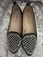 Used Flat shoes with crystals in Dubai, UAE