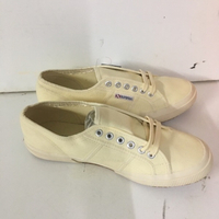 Used Good quality shoe in Dubai, UAE