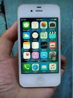 Used iPhone 4s with Original charger 32 gb in Dubai, UAE