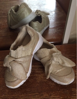 Used Girls golden glitter shoes. Euro size 26 in Dubai, UAE