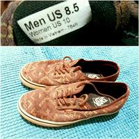 Used AUTHENTIC VANS SHOES UNISEX in Dubai, UAE