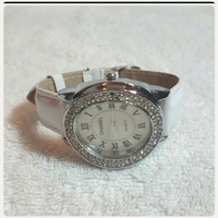 Used White CHANNEL watch for lady.. in Dubai, UAE