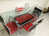 Used Glass dining table in Dubai, UAE