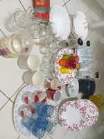 Used Dinner sets and glass cup in Dubai, UAE