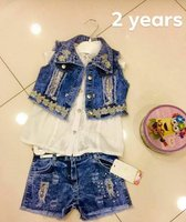 Used Jeans set for baby girl in Dubai, UAE