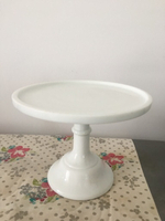 Used White porcelain cake stand - 23cm dia in Dubai, UAE