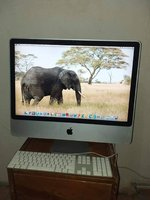 Used iMac 2008, wireless keyboard,  and mouse in Dubai, UAE