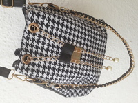 Used Awsm Bucket bag in Dubai, UAE