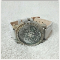 Used Fabulous White TIGER watch for lady in Dubai, UAE