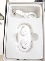 Used White earphones Bose in Dubai, UAE