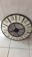 Used Wall clock in Dubai, UAE