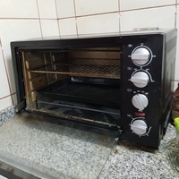 Used Used 45L capacity Ikon oven with damage in Dubai, UAE