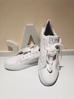 Used Sneakers white size 43 in Dubai, UAE
