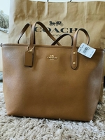 Used Coach bag COTY TOTE ORIGINAL in Dubai, UAE
