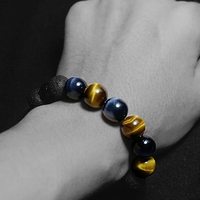 Used Tiger eye real stones bracelets in Dubai, UAE
