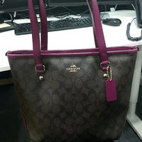 Used Brandnew Authentic Coach Bag in Dubai, UAE