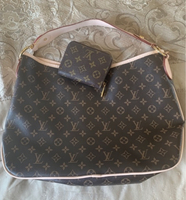 Used LV delightful replica+matching wallet  in Dubai, UAE