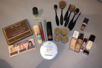 Used Makeup bundle and watch  in Dubai, UAE