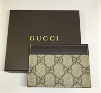 Used authentic like new Gucci card holder in Dubai, UAE