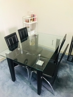 Used 4-seater Dining Table with Chairs  in Dubai, UAE