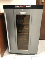 Used Wine cooler 900Aed in Dubai, UAE