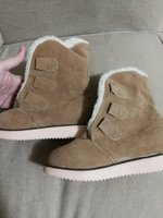 Used New winter boots size 37 + free 6 baloon in Dubai, UAE