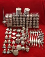 Used SILVER CHRISTMAS DECORS-164 PIECES in Dubai, UAE