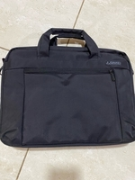 Used Laptop Bag ( Fixed Price ) never used  in Dubai, UAE