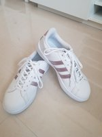 Used Adidas women pink in Dubai, UAE