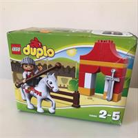 LEGO DUPLO Knight In Horse 15pcs Set.
