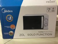 Used Midea Microwave Oven 20L unwanted gift in Dubai, UAE