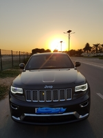 Used Jeep Grand Cherokee in Dubai, UAE