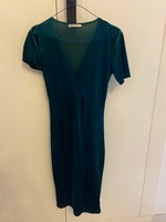 Used Velvet Dress in Dubai, UAE