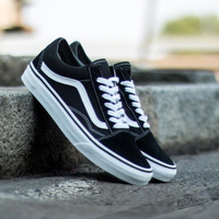 Used Class A Vans Shoes Brandnew in Dubai, UAE