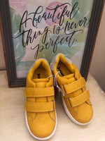 Used JUNIORS Sneakers Shoes Yellow EU25  in Dubai, UAE